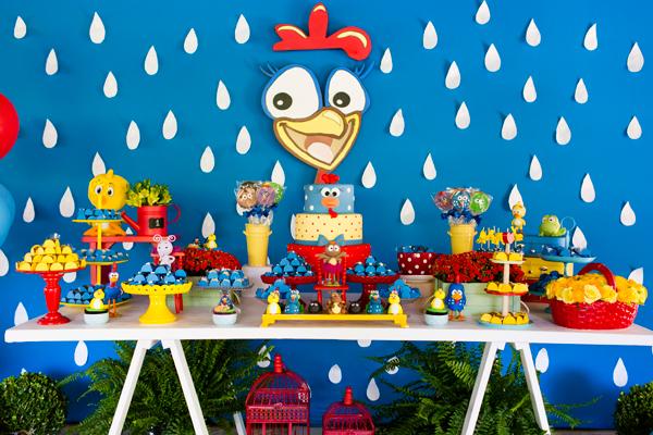 decoração de festa simples da galinha pintadinhaa