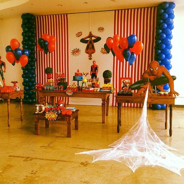 decoração de festa simples homem aranhaA