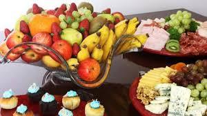 mesa de frutas simples e barataa
