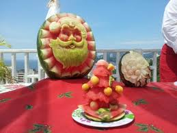 mesa de frutas simples para o natal