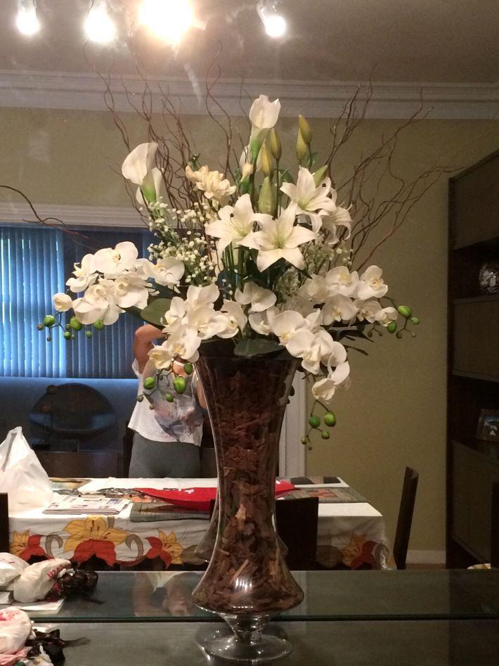 Arranjos de flores artificiais para mesa de jantar grande