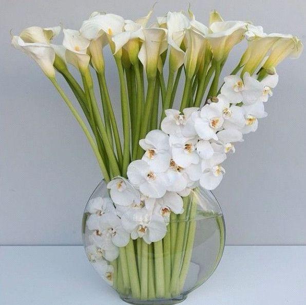 Arranjos de mesa 40 lindos modelos para voc escolher for Lilium in vaso