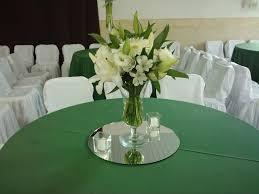 Arranjos de mesa para festa com orquideas