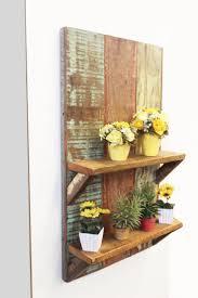 Artesanato em madeira de demolição e prateleira