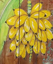 Artesanato em madeira rústica e pinturas