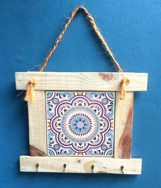 Artesanato em madeira reciclada quadros