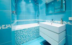 Cerâmica para banheiro azul oceano