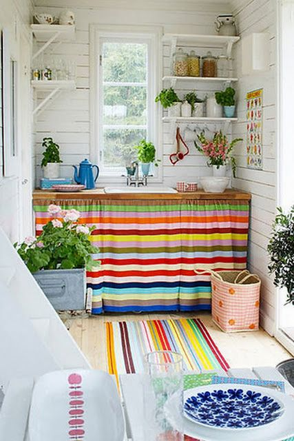Cortinas para cozinha artesanal cores fortes