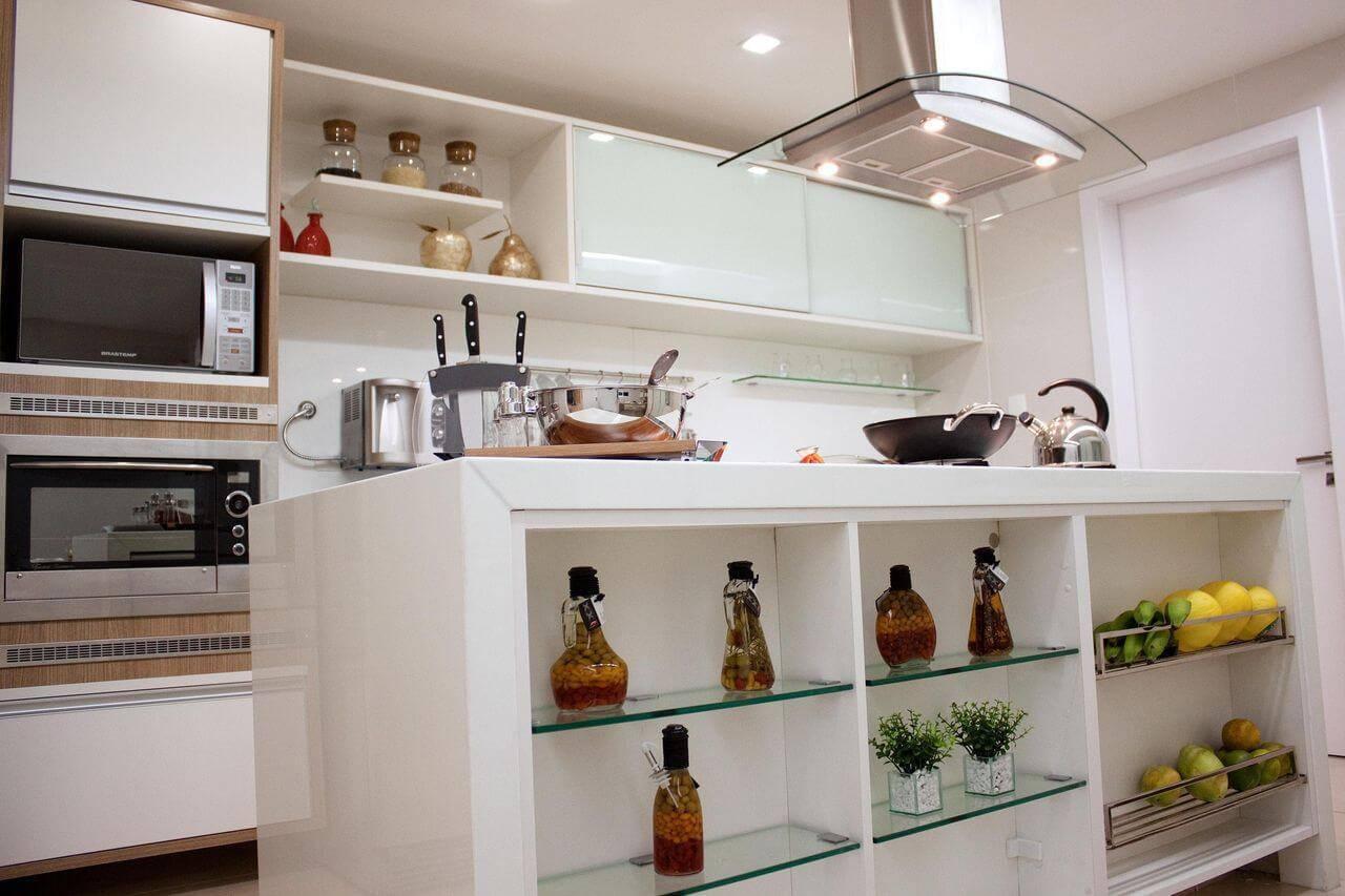 Cozinha de apartamento pequeno modulado