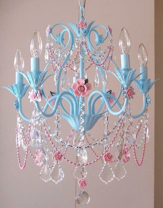 Lustre para quarto simples azul e rosa