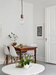 Lustres para sala de jantar pequena muito simples