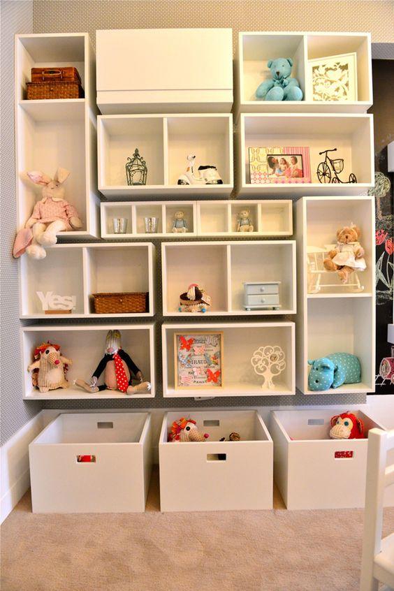 Nichos para quarto infantil com caixas