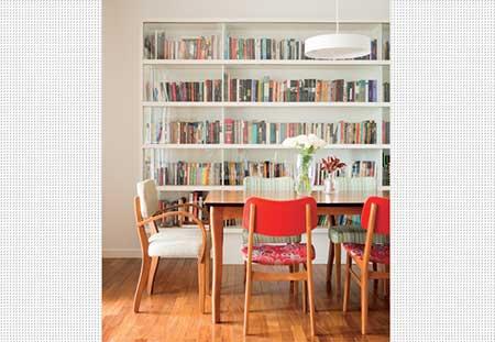 Prateleira para livros com vidro