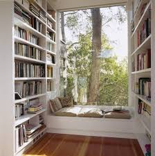 Prateleira para livros quarto dos dois lados