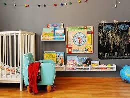 Prateleira para livros quarto infantil