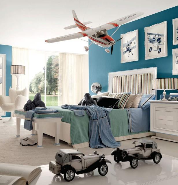 Quarto de menino com decoração de lindos aviões