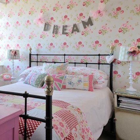 Bedroom Wallpaper Girly