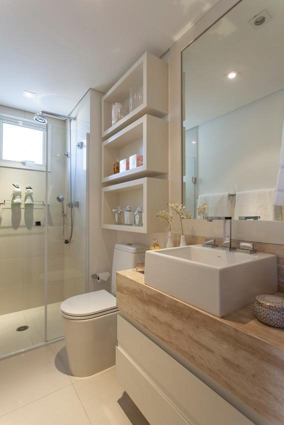Revestimento para banheiro branco e bege