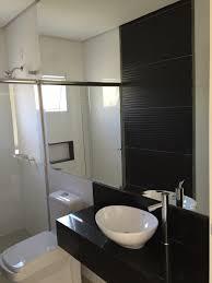Revestimento para banheiro branco e preto