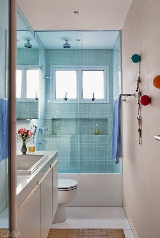 Revestimento para banheiro simples e azul