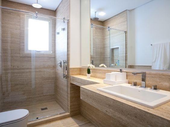 Revestimento para banheiro simples e bege