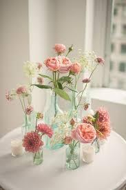 Vasos de vidro para decoração de casamento com rosas