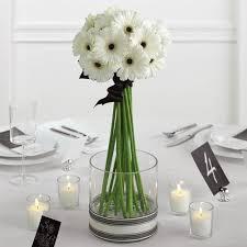 Vasos de vidro para decoração de casamento simples