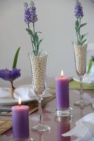 arranjos de mesa de jantar flores roxas
