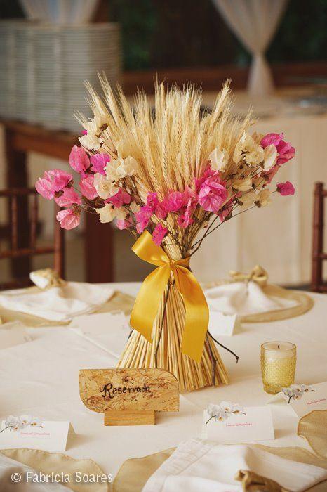 arranjos de mesa para casamento com trigo