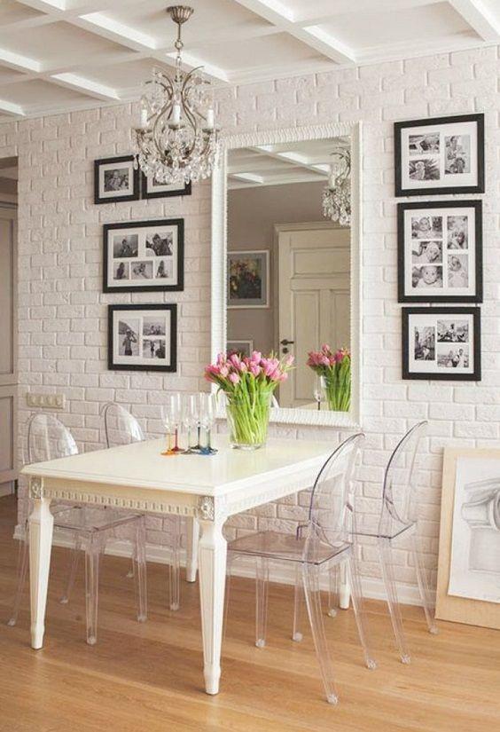 decoração de parede de sala de jantar com espelho