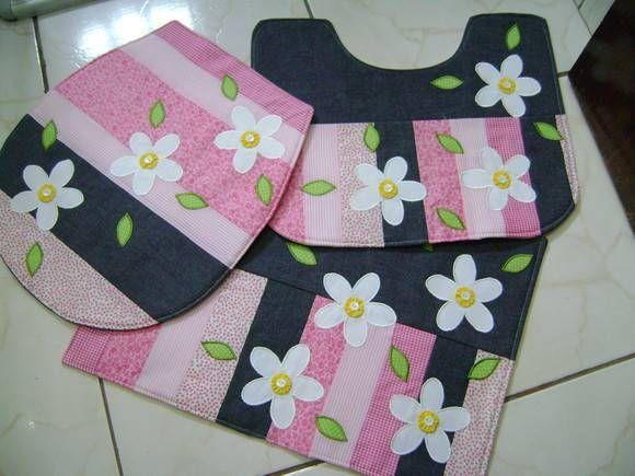 jogo de banheiro em tecido com flores
