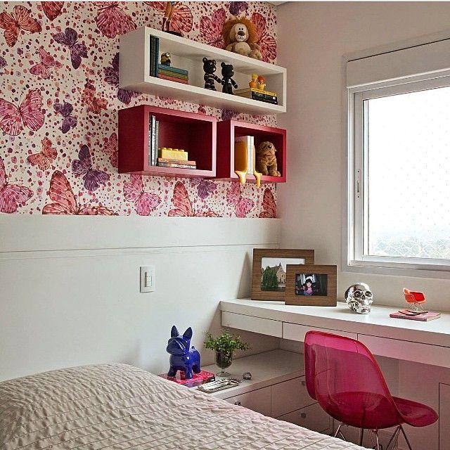 nichos para quarto de solteiro vermelho e branco