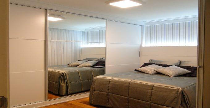 quarto planejado com linda iluminação