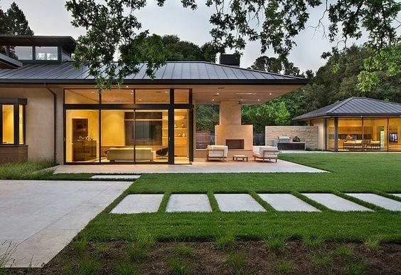 Casas modernas veja mais de 100 modelos projetos e for Casas modernas brasil