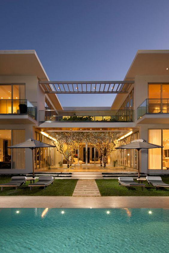 Casas modernas veja mais de 100 modelos projetos e for Casa moderna y rustica