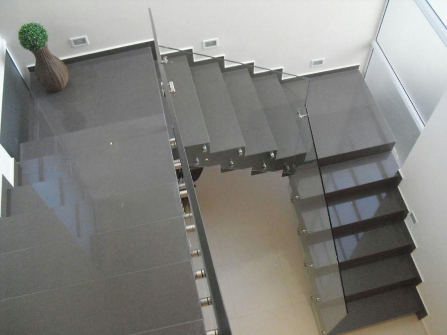 Porcelanato liquido na escada