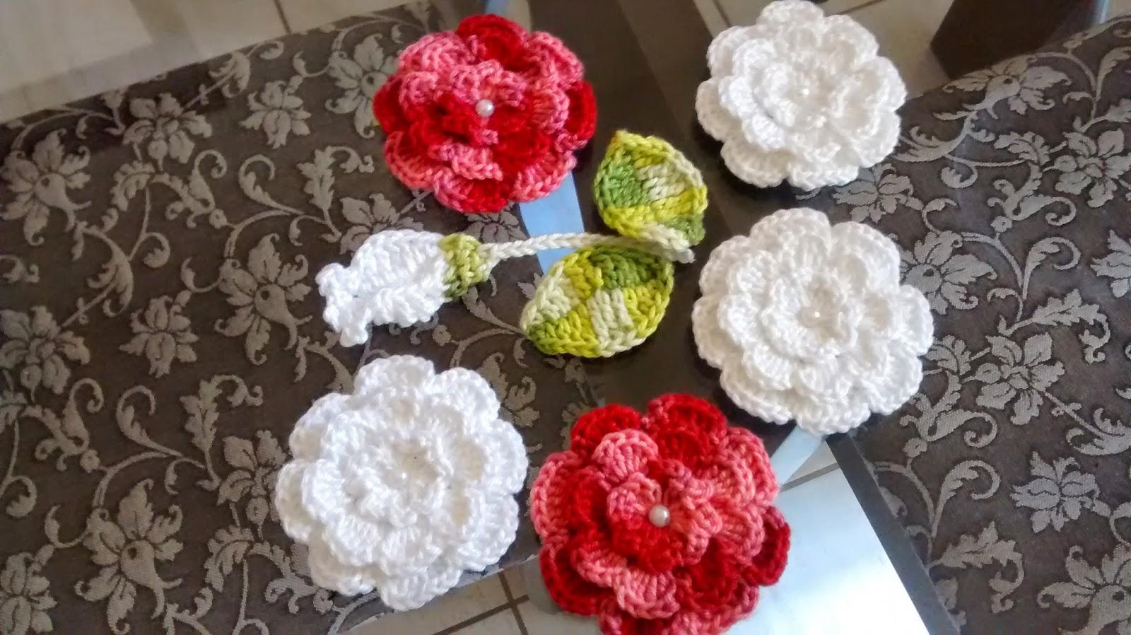 flores de croch   veja 30 modelos com passo a passo