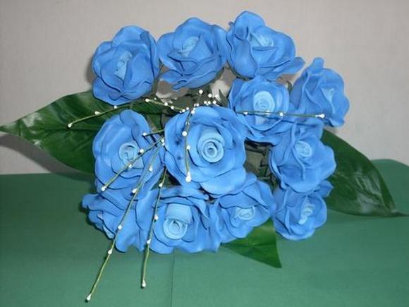 Flores de eva azul