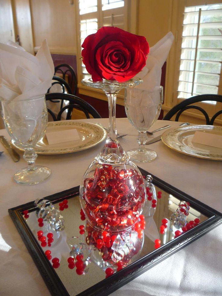 Arranjos de mesa dia dos namorados com rosas