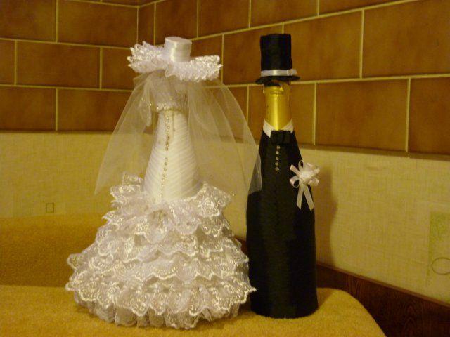 Garrafas decoradas de noivos