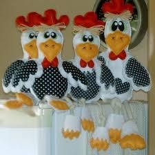 conjunto de Galinhas feitas em tecidopara colocar na sua geladeira