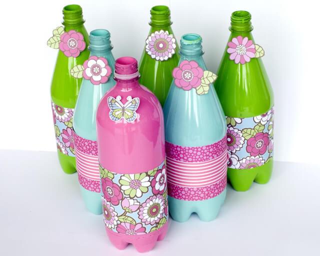 garrafas decoradas com eva colorido