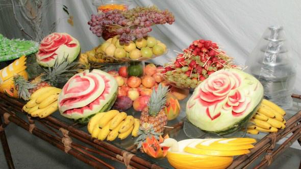 mesa de frutas para a ceia