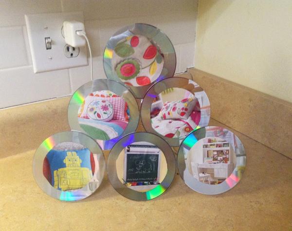 multiplos cds formando retrados um em cima do outro