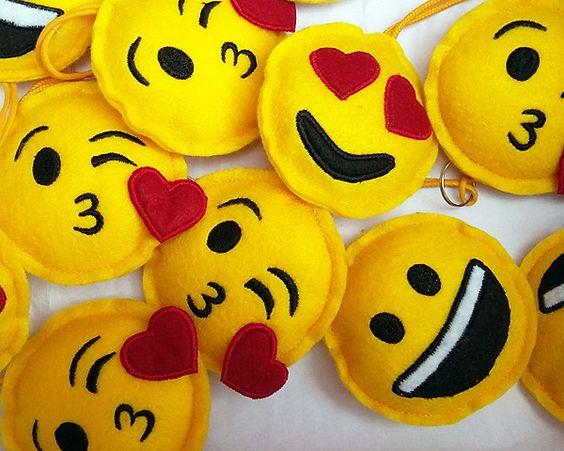 artesanato em feltro emojis