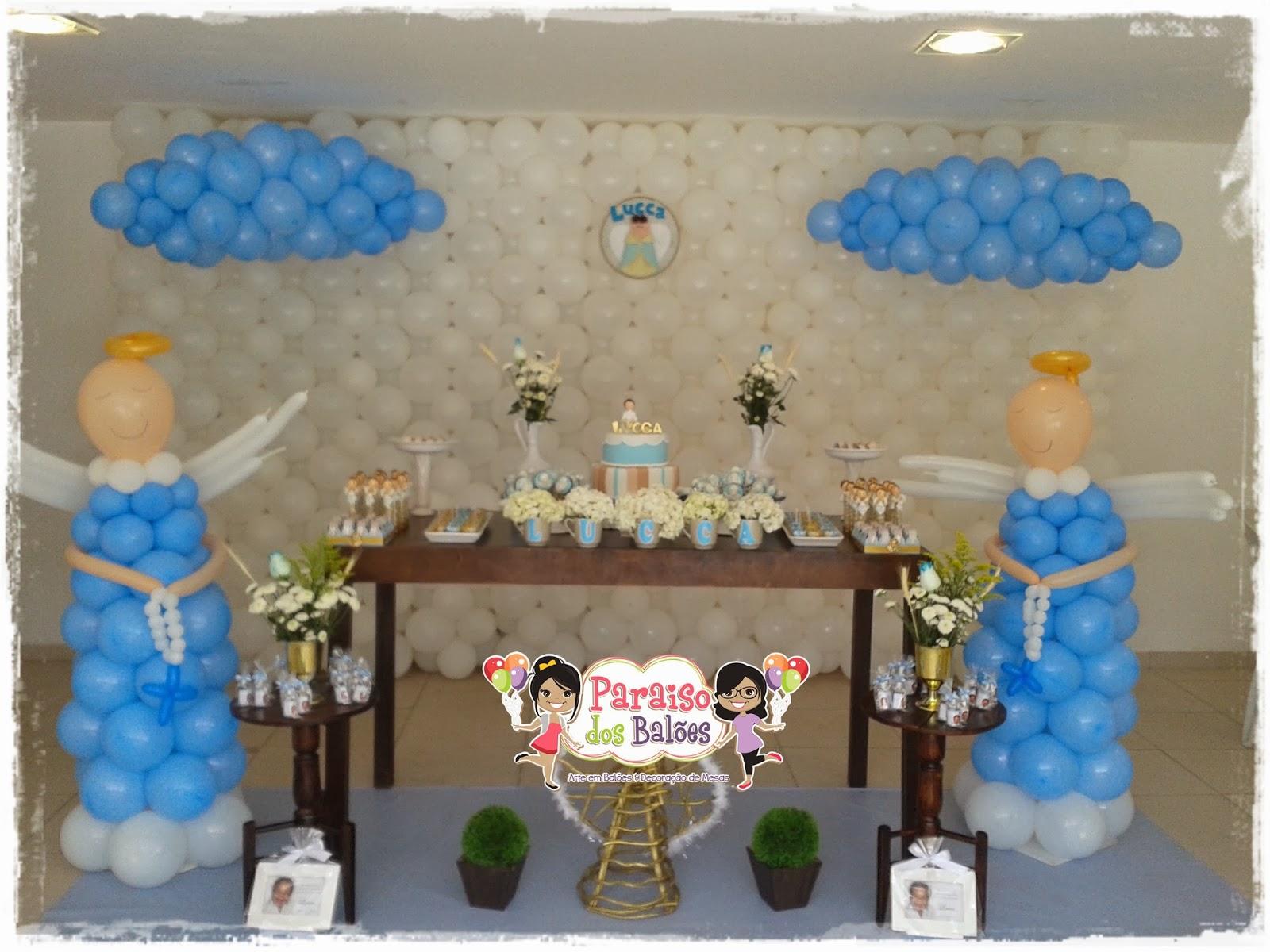 Decoração com balões no batizados
