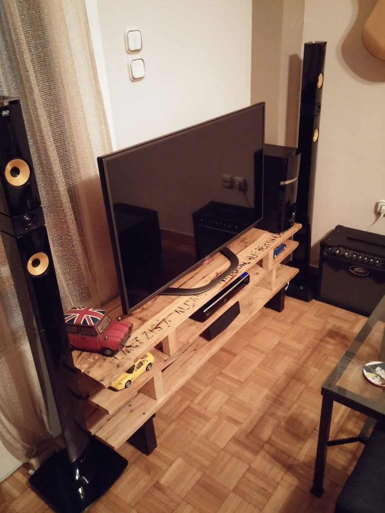 Famosos Rack de Pallet - Veja +70 Modelos e Como Fazer em Casa VB37