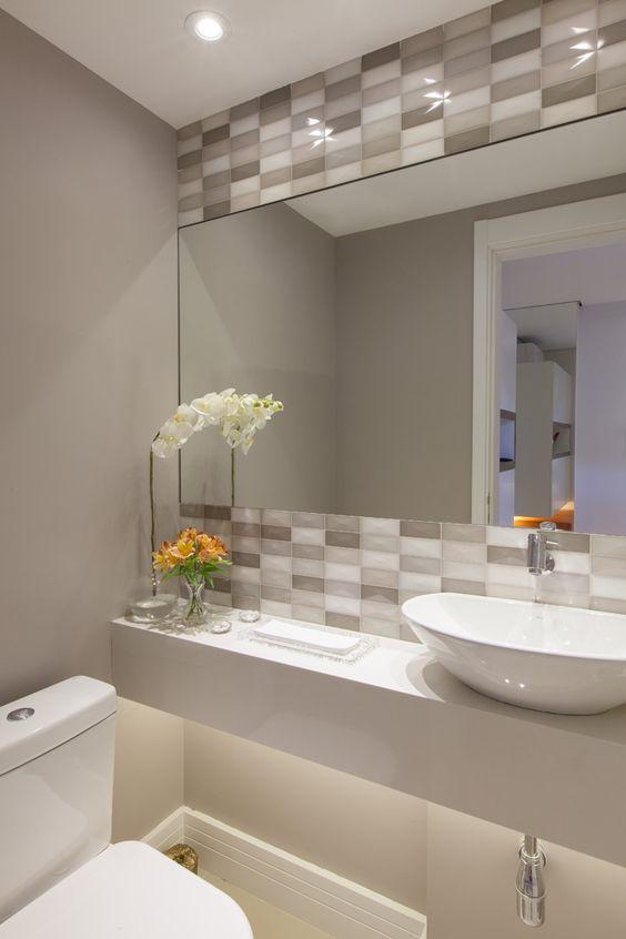Banheiros modernos veja 75 incr veis modelos com dicas for Modelos de banos pequenos y economicos