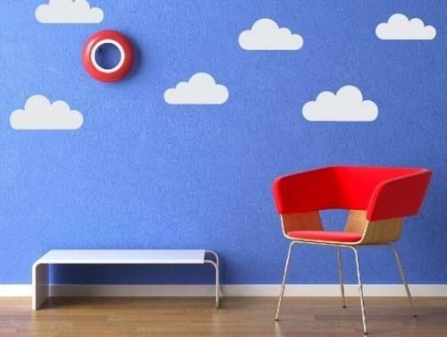 quarto azul com nuvens