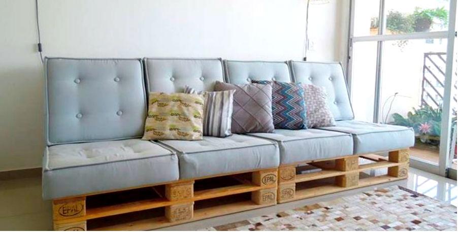 sofá de pallet com encosto almofadado